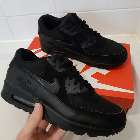 new style 80e82 deba0  jamesaldridge14. 4 months ago. Hertfordshire, United Kingdom. Nike Air Max  90 Essential Triple Black Mens
