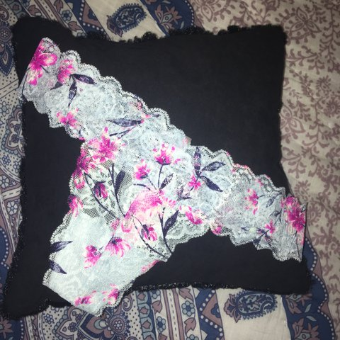8c4dc7a96f24 @jenthehen99. last year. DeLand, United States. Victoria Secret pink glitter  lace thong panties 💙💘 size small (: free ...