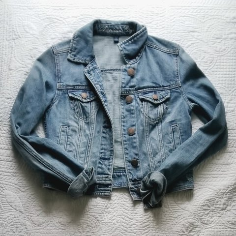 f9fda02ae6 American Eagle denim jacket Size XS. The fit is snug to the - Depop