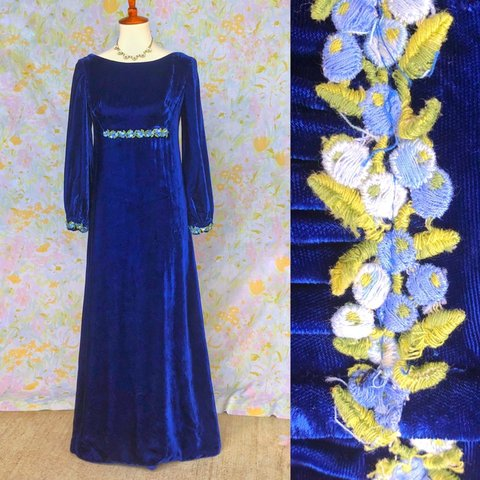 818328d62c79 True Vintage🌼60s Blue Velvet Princess Gown Photos don't & - Depop