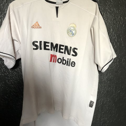 4de071bff Vintage Real Madrid David Beckham soccer jersey from the 03  - Depop