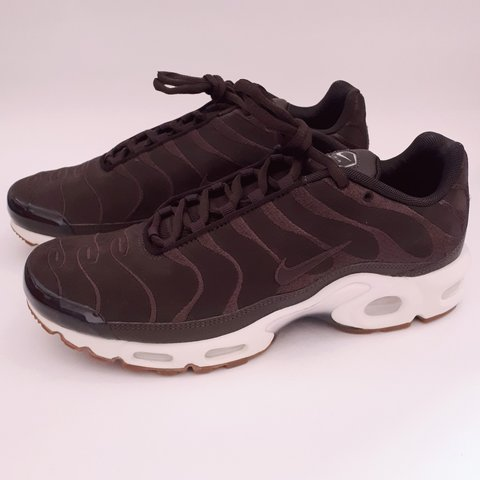 dd09138053 ... denmark velvet brown mens nike air max plus tn ef. size 7. brand id