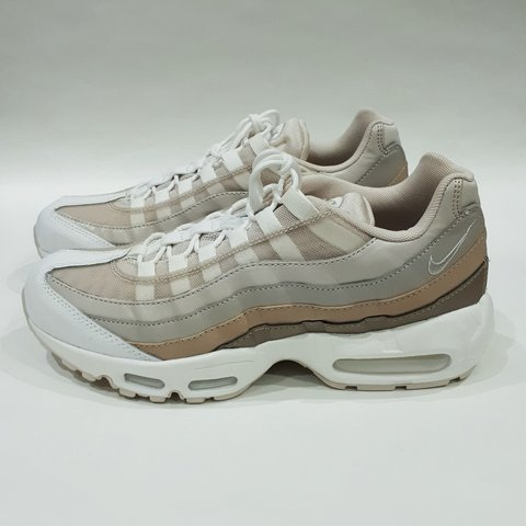 56f3a00a5c @trillkingcole. 23 days ago. Huddersfield, GB. REDUCED PRICE ENDS AT  MIDNIGHT!! Desert Sand/Moon Particle Wmns Nike Air Max 95