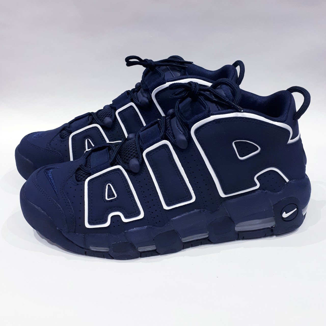 finest selection 0899d b6e36  trillkingcole. 3 months ago. Huddersfield, GB. Obsidian Obsidian-White Nike  Air More Uptempo  96. Size UK ...