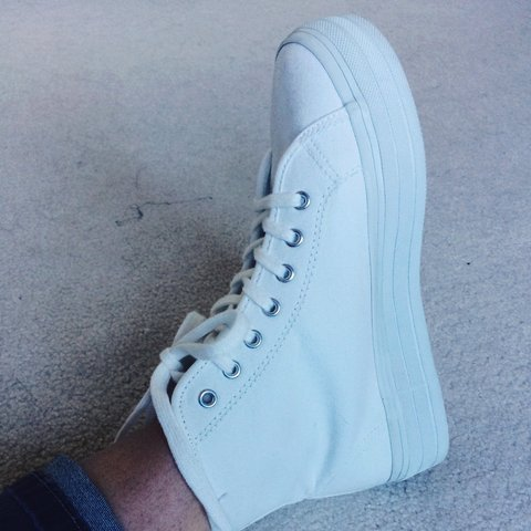28746edab2f H M Divided white canvas high top platform sneakers. Size   - Depop