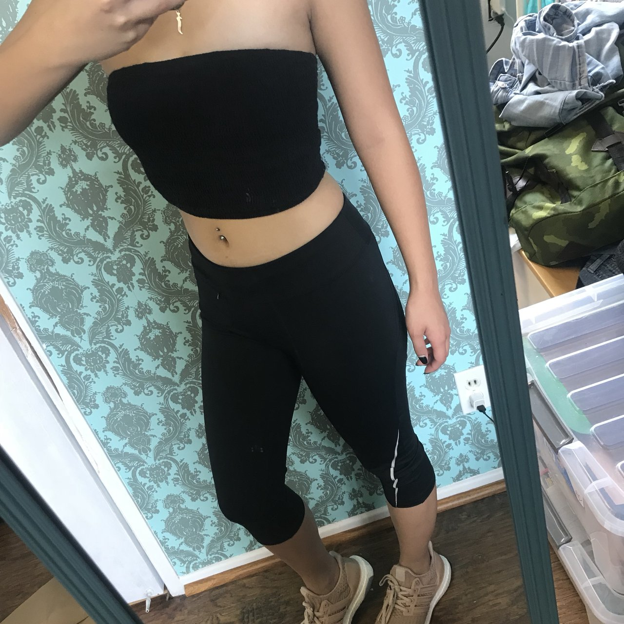 3e980f83d9651d @poisunberry. 2 months ago. Fountain Valley, United States. C9 Champion  Cropped Leggings - Black