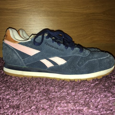 0d6e33f401150 Reebok Classic Blue Suede with baby pink stripe