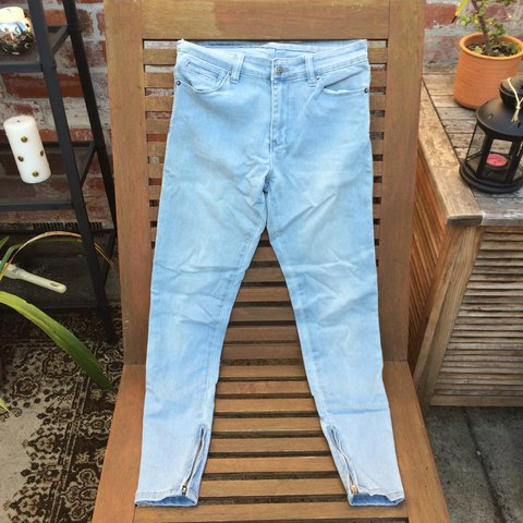 3f5636c3 Ksubi mid/high waisted light blue slim fit jeans. Size 27
