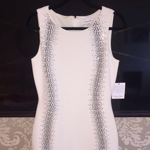 20bc2e6c14c Gorgeous Calvin Klein dress...never been worn...still has on - Depop