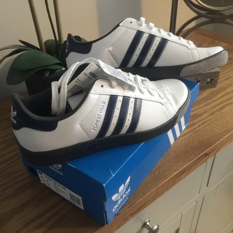 aa694fab843132 ADIDAS FOREST HILLS. BRAND NEW. Still with tags and box