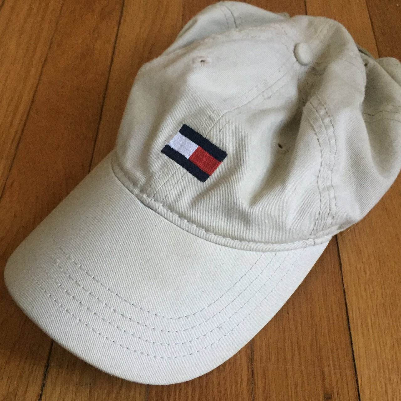 68fa0de4fdd Tommy Hilfiger Hat 10 10 Condition One Size Fits All Classic - Depop