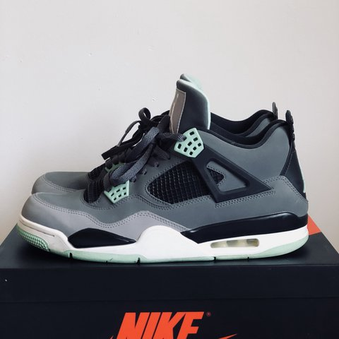 aa8e435afd1df2 Nike Air Jordan 4  Green Glow  Uk10 Used condition - worn to - Depop