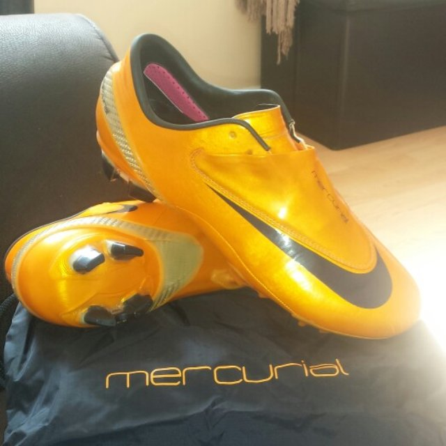 035189052 @michael2012. 5 years ago. Luton, , United Kingdom. Nike mercurial vapour 5  size ...