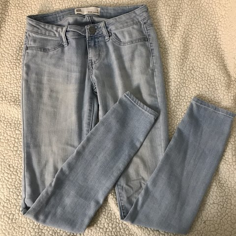 d3a97880ce9c7 PACSUN light wash miami jeggings size 1 if you are in and i - Depop
