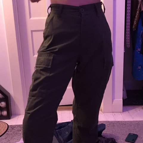 7994683b06eba TRADE WITH @jelly_megan i LOVE these cargo pants so much🥰 - Depop