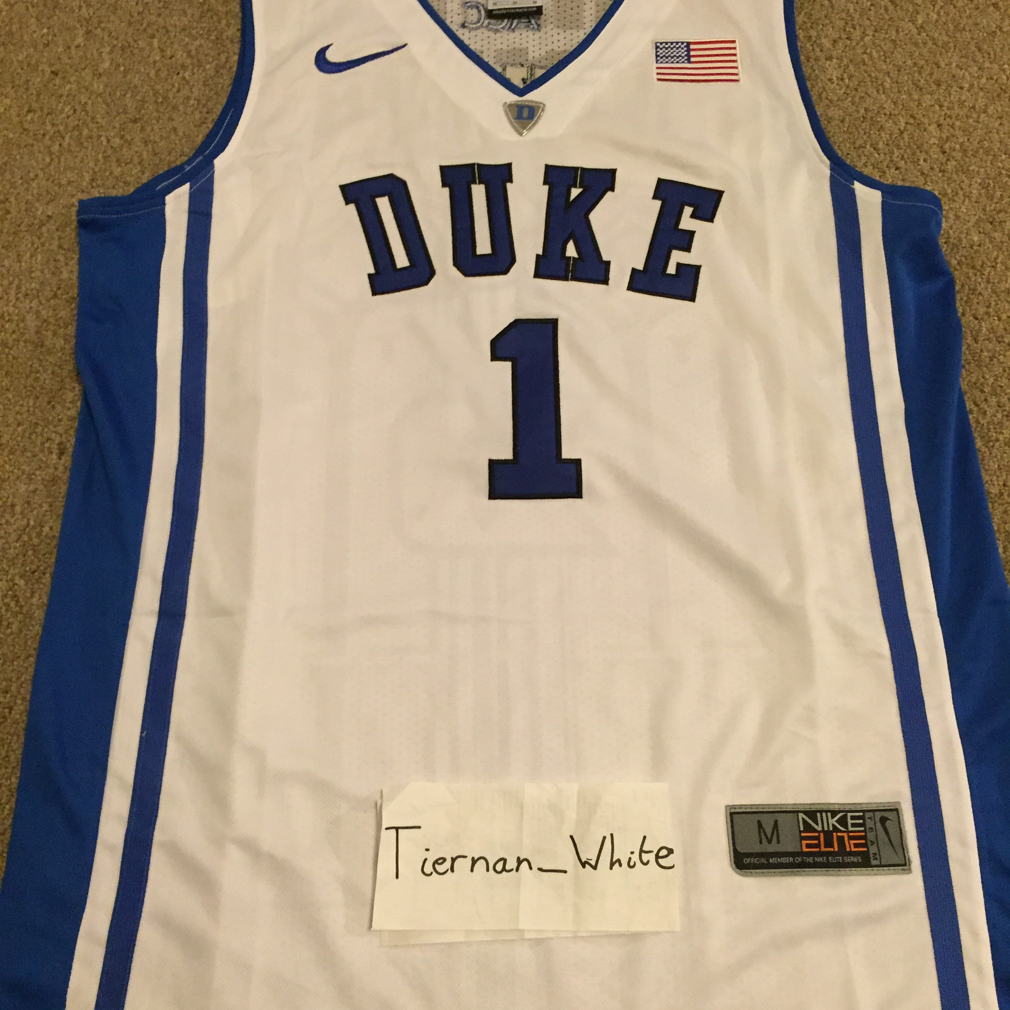 official photos 92bb5 4a233 Vintage Kyrie Irving duke jersey Size M but is... - Depop