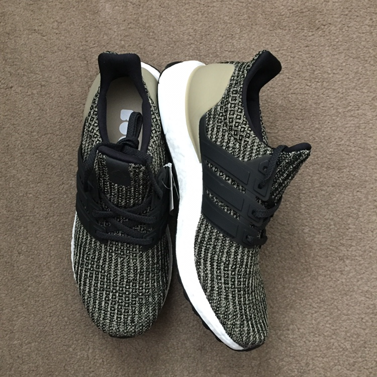 Adidas Ultra Boost youth size 6.5