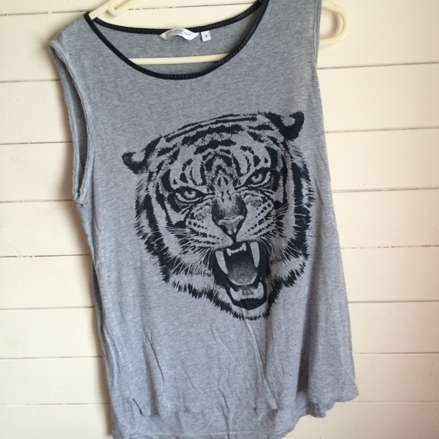 New look size 12 leather collar tank top with tiger    - Depop