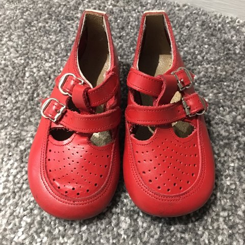 0e788e6afe83f9 Dandy steps genuine leather baby shoes. Great condition at - Depop