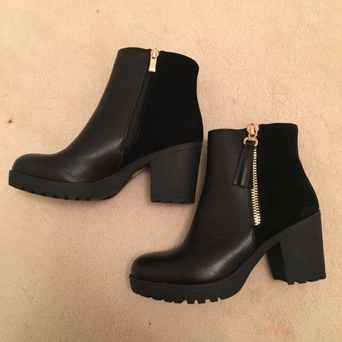 6a4a88e75eea Beautiful black block heel ankle boots. Half suede with gold - Depop