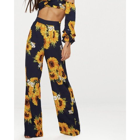9b5edb08674c51 @jessicamodestou. 6 months ago. Eastbourne, United Kingdom. Pretty little  thing sunflower trousers! Petite! Perfect condition!! Size 2!