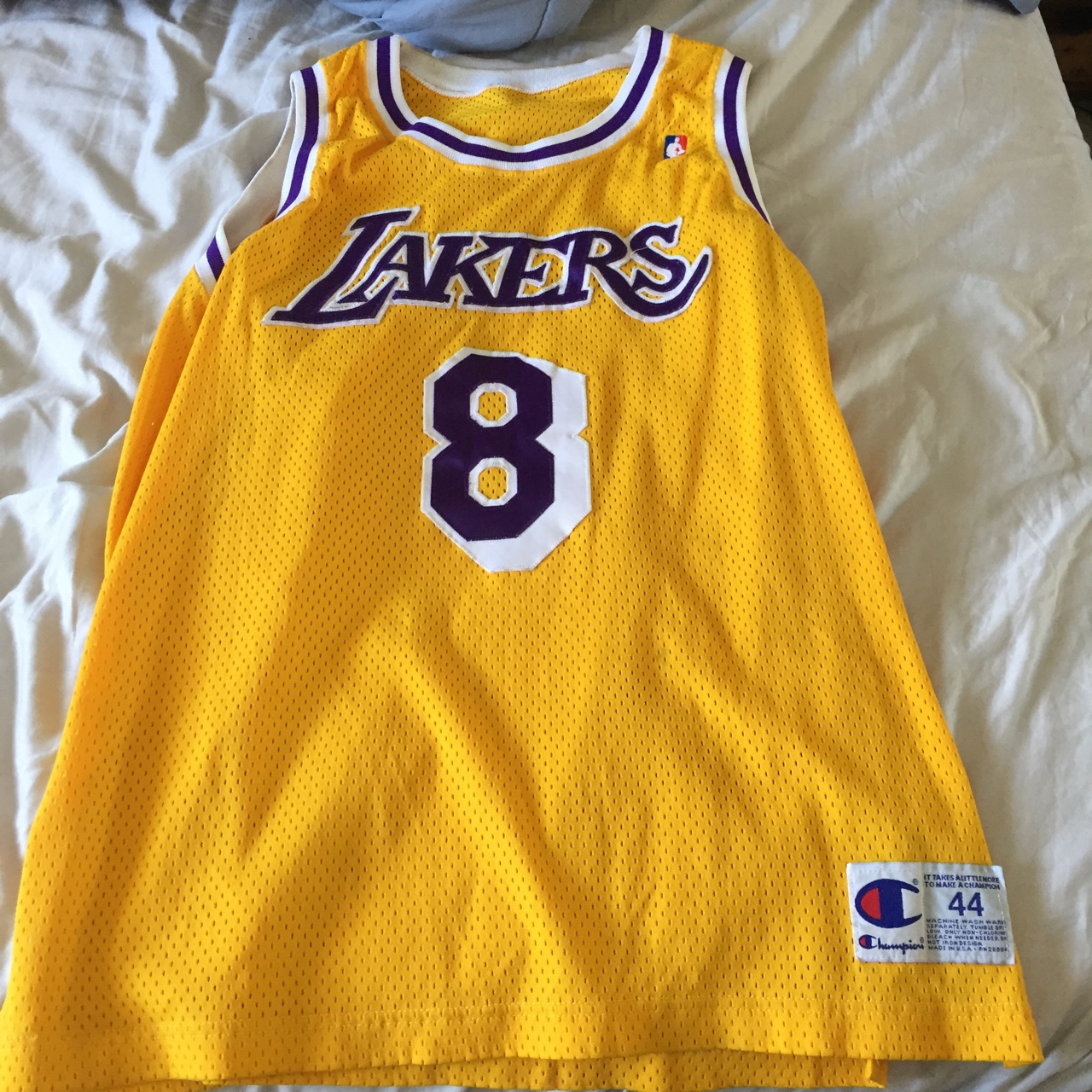 differently 8948b f16ac Vintage Kobe Bryant #8 lakers championship... - Depop