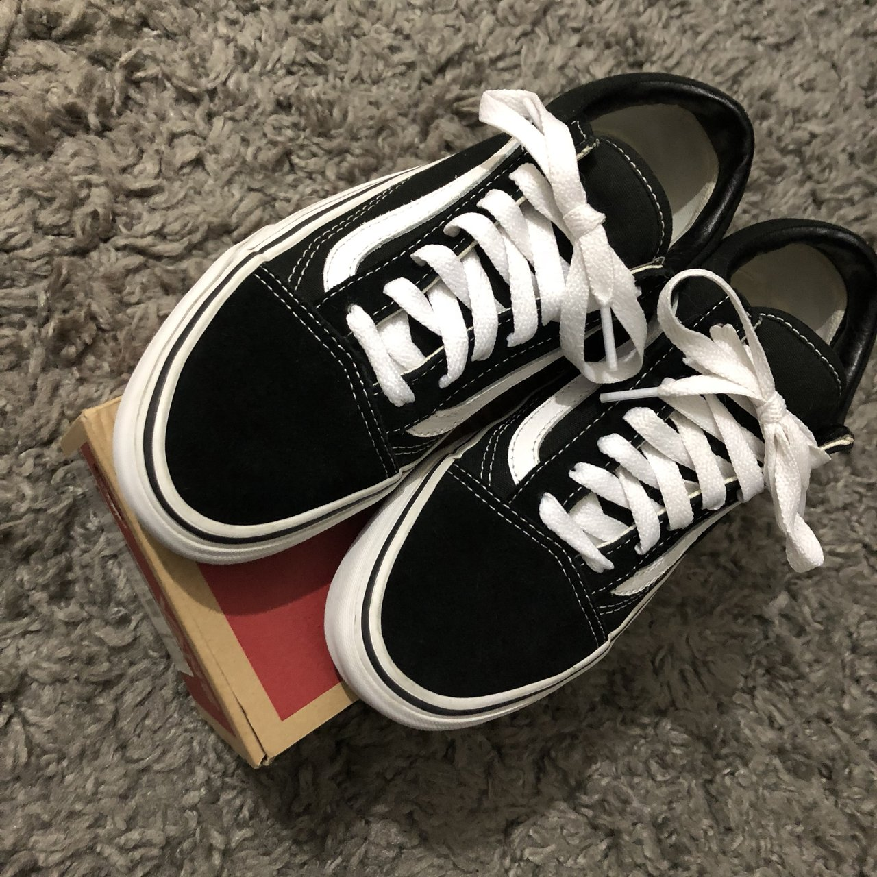 Vans Old Skool - Black and White Size 4 Uk RRP condition 70b2b1e80