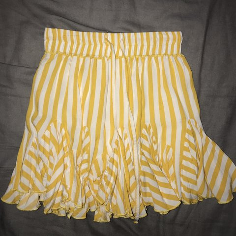 0f08fa7183 @millkertaa. 2 months ago. Cashmere, Australia. indikah yellow and white  striped skirt !