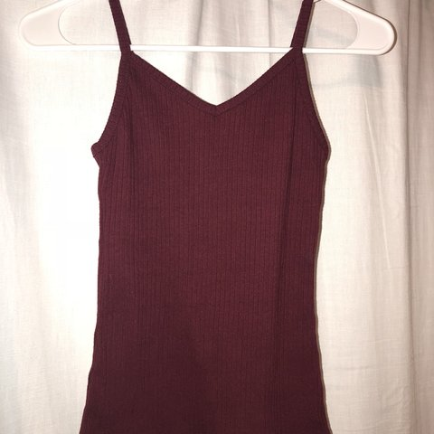 bc4676e2ee3 Rue 21 burgundy v neck tank top size small