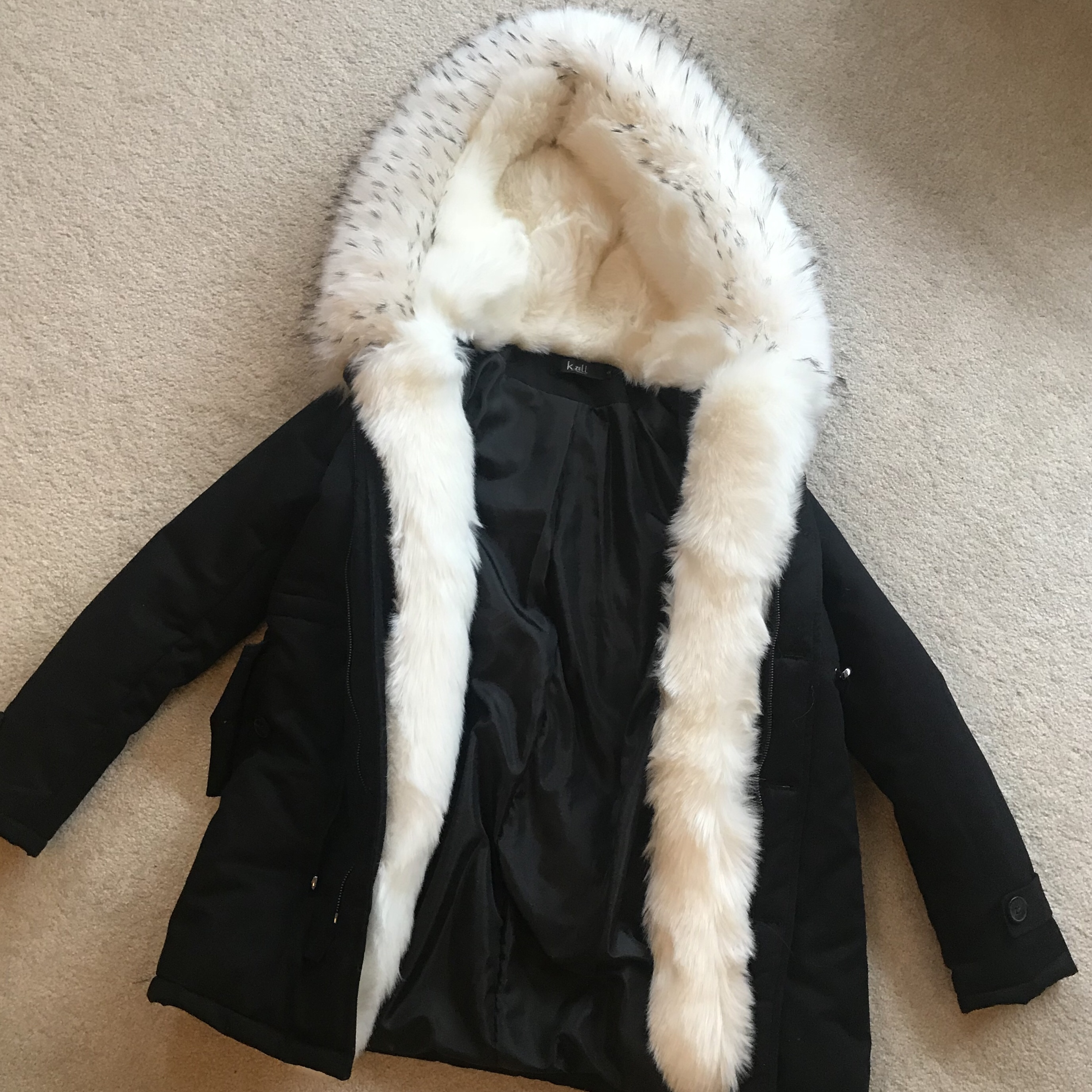 Parka K Coat With zell White Navy Fur Depop Trim Faux kZOPXulTiw