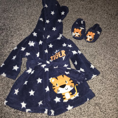 0 3 Months Dressing Gown And Slippers Good Condition Depop