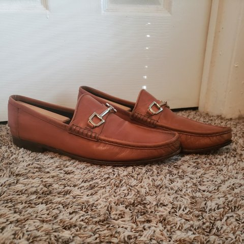 9e62738b62 Gucci, casual style, loafer with the classic horse bit in a - Depop