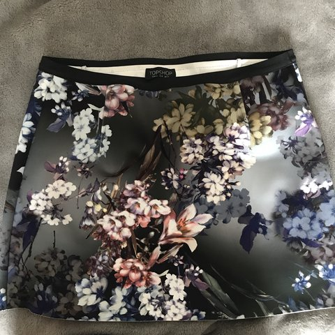 7a0bbd36c1 @geodaly. 9 months ago. Mansfield, United Kingdom. Topshop Floral Scuba A-line  Mini Skirt