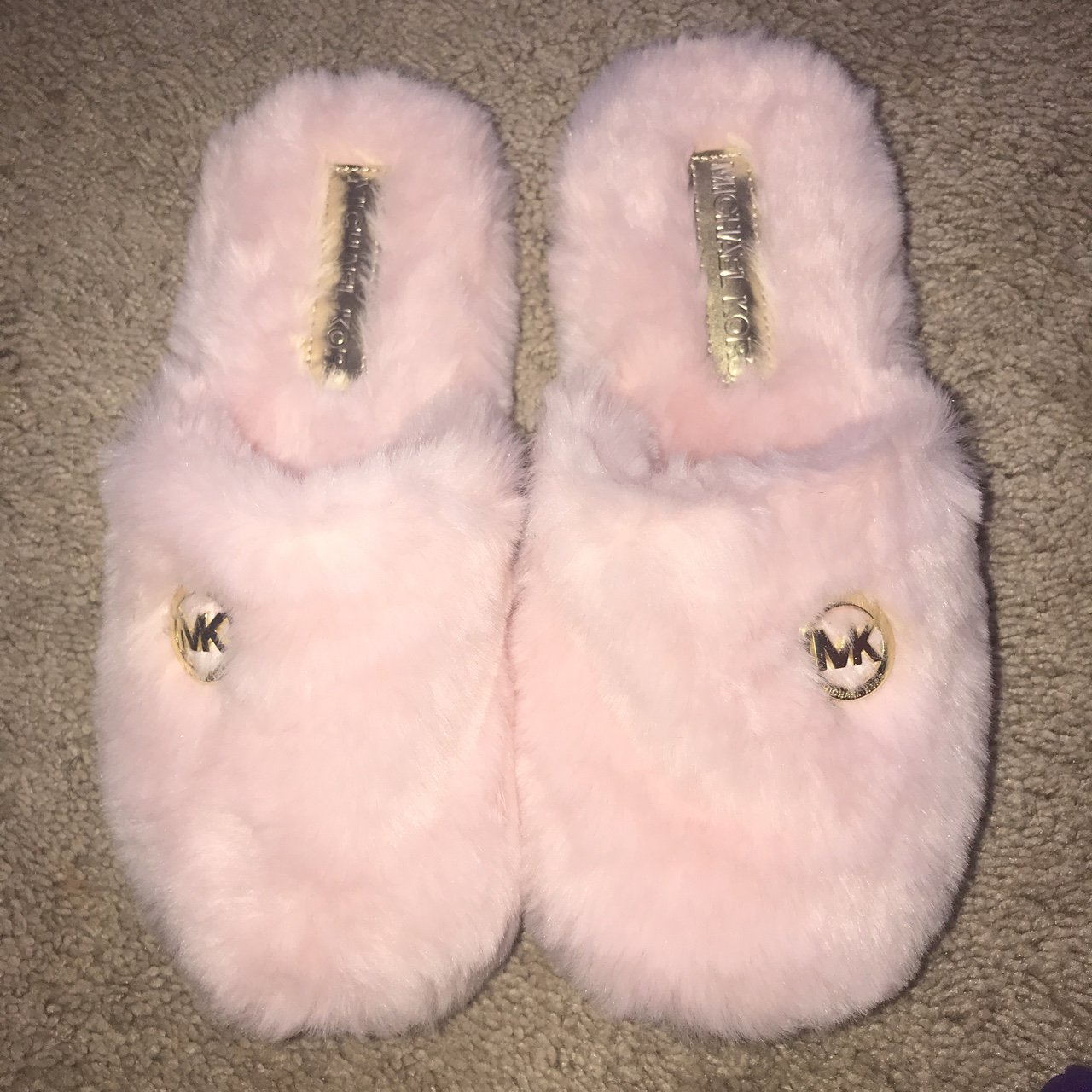 b1db06465656 Michael Kors Pink Fuzzy slippers. NEVER WORN. ✨✨FREE  shoes - Depop