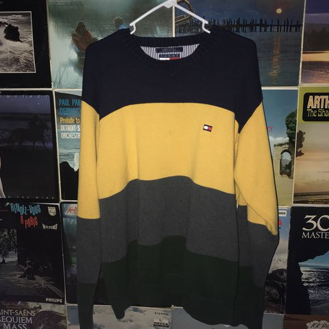 c284bdbb4 Tommy Hilfiger HOT color block crew neck sweater sz Large to - Depop