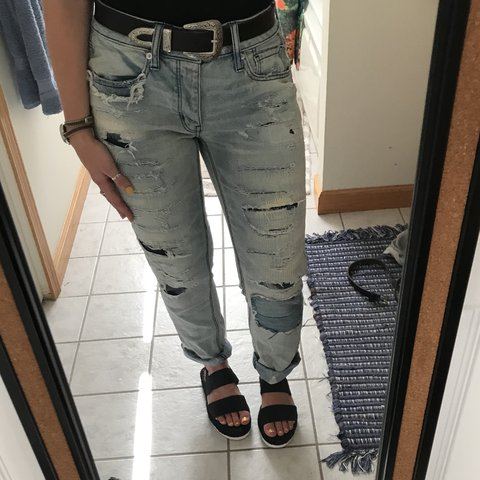 1a8a89719d2 @samhru. 11 months ago. Cortland, United States. American Eagle Outfitters  Mom Jeans
