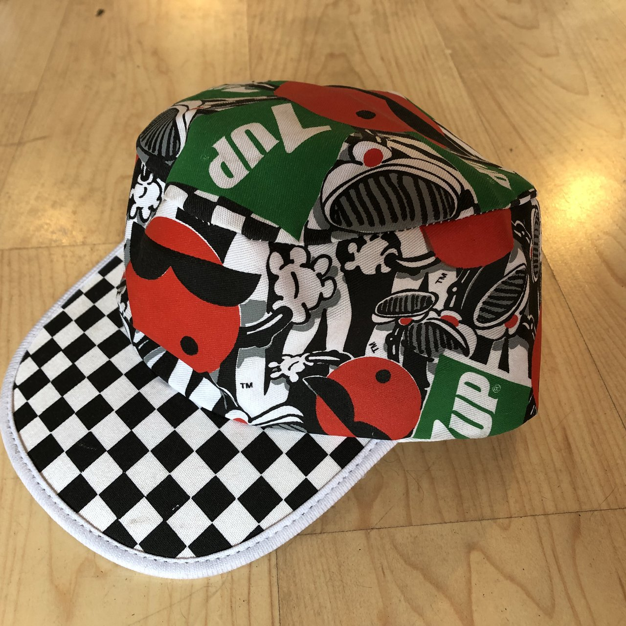 Vintage 80s 7-Up Painters Hat. Practically Brand new. Great - Depop ae4467785ba