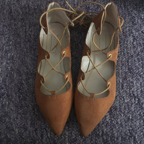 6ba32c2fdd0c Suede tan gladiator sandals from Dorothy Perkins