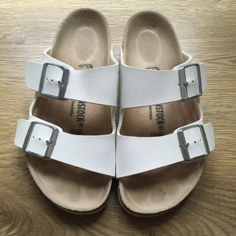 c6478146f05d  helenastrutt. 3 years ago. United Kingdom. White Arizona Double Strap  Birkenstock Sandals - Size 37 IN NEAR PERFECT CONDITION ...