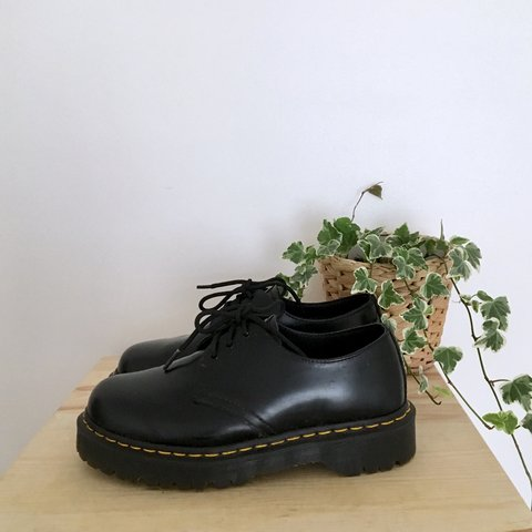 a63bbee988 @doctillyoudrop. 11 months ago. United Kingdom. Dr Martens 1461 Bex shoes.