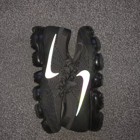 70c6f3638a6 NIKE VAPORMAX MIDNIGHT FOG REFLECTIVE🌫 RARE COLOUR WAY