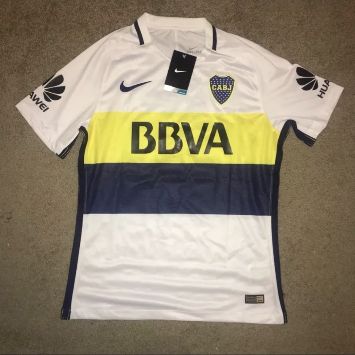 the best attitude 9f077 4a244 Boca juniors away white Tevez jersey. Ask for sizes. - Depop
