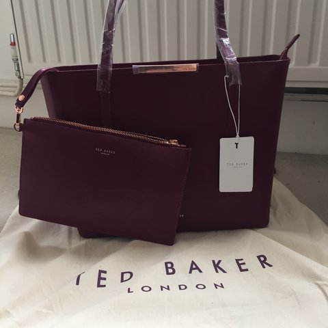 3f7b09f15db PRICE REDUCED £110 including p&p ! X BRAND NEW TED BAKER BAG - Depop