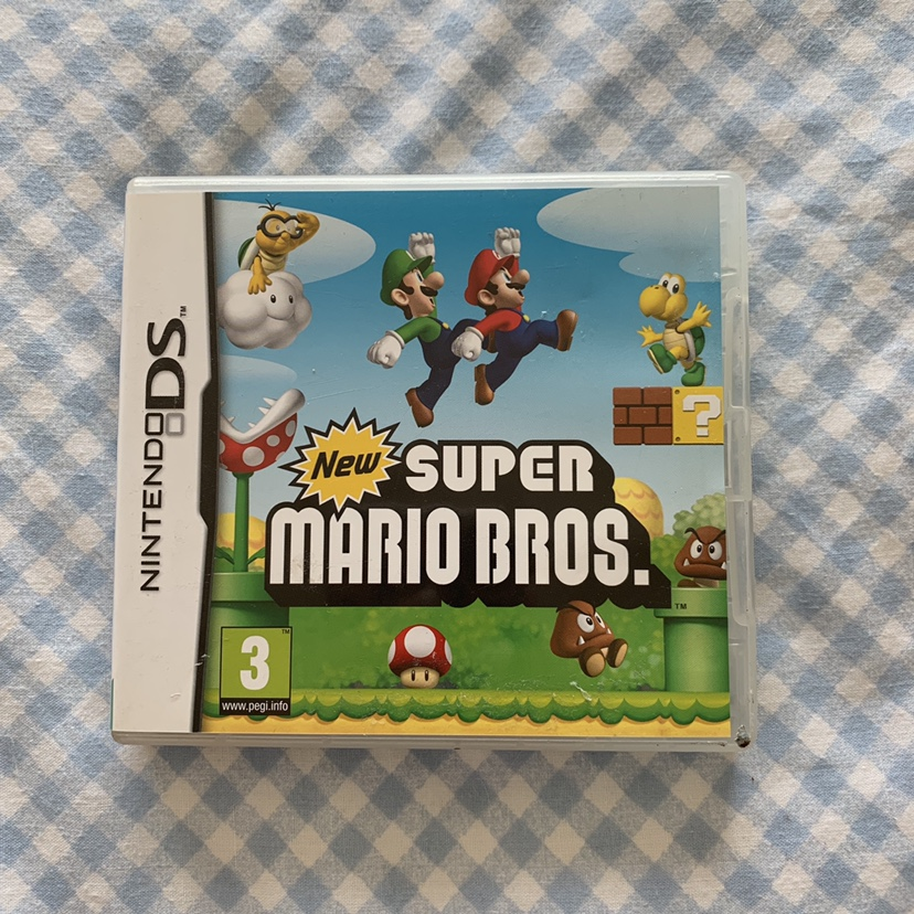 new super Mario bros, ds game:) Great condition,    - Depop