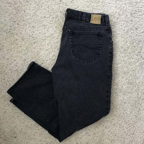 ff3b0c92668 Men s Vintage Lee Black Denim Jeans Size 38x30. Pre owned no - Depop