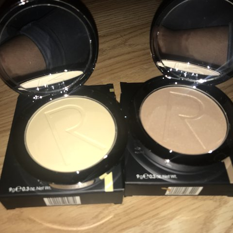 1f840219dc6 £30 or both for £50 Brand new rodial contours, banana powder - Depop