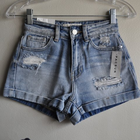3e21313bd1 @vickyapparel. 5 months ago. Los Angeles, United States. Pacsun high  waisted shorts. Super cute. Brand new with tags
