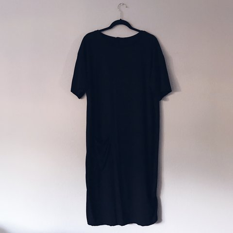 fecc3f2c @stefpi. last year. San Francisco, United States. Zara Trafaluc mid-length t -shirt dress. Great for summer.