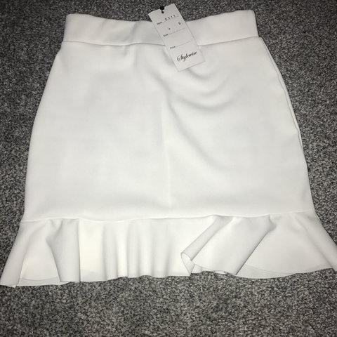 0762ac715ad0 @bethdixonx. last year. Manchester, United Kingdom. White peplum skirt size  6! Never been worn brand new ...