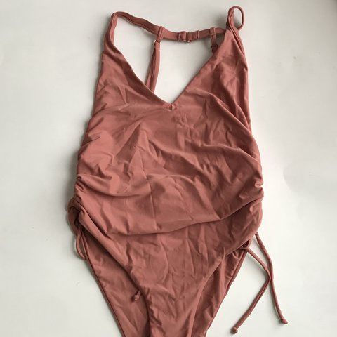 04cc174a9d la hearts (pacsun) side clinched one piece swimsuit in the   - Depop